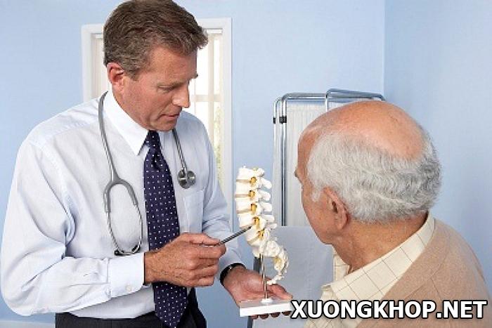 Nguyên nhân, triệu chứng và cách điều trị bệnh vôi hóa cột sống thắt lưng 3