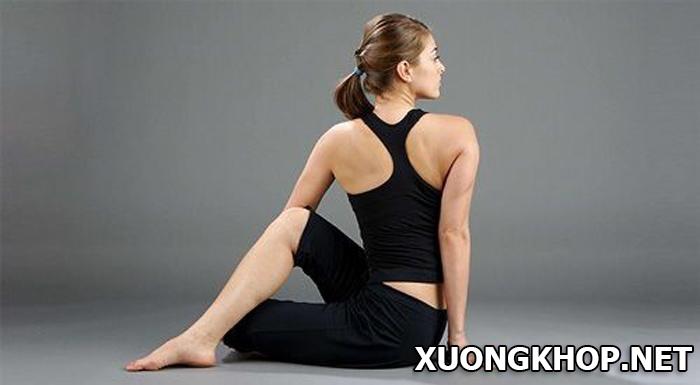 Điều trị thoát vị đĩa đệm hiệu quả bằng phương pháp tập yoga đơn giản. 3