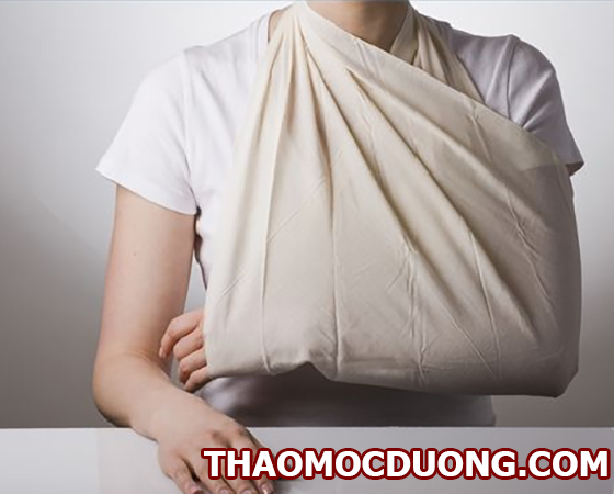 Nguyên nhân gây nên gãy xương, biến chứng và cách điều trị và chăm sóc sau điều trị 1