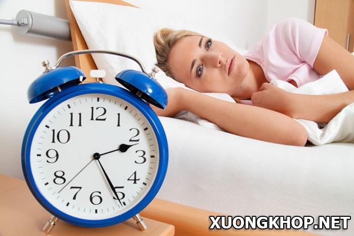 Thoái hóa đốt sống cổ gây mất ngủ, nguyên nhân và cách khắc phục 1