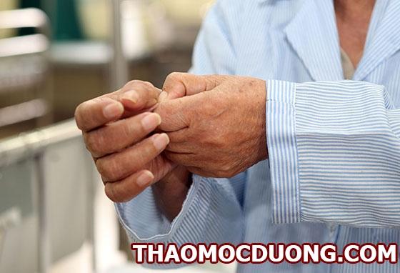 Uống thuốc gì để điều trị tê bì chân tay với phụ nữ trung tuổi 1