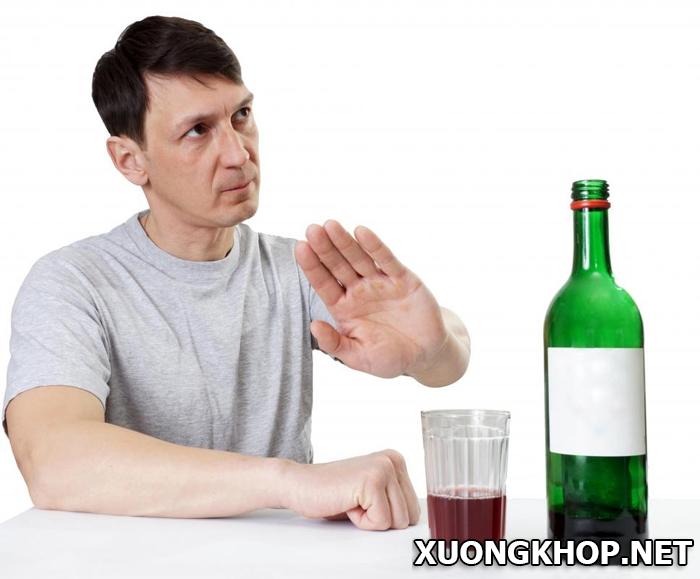Viêm khớp dạng thấp uống gì? Nên và kiêng thức uống nào? 1