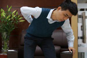 Bệnh thoát vị đĩa đệm cổ - Nguyên nhân, triệu chứng và cách điều trị