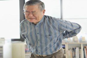 Bệnh vôi hóa cột sống có chữa khỏi dứt điểm được hay không?