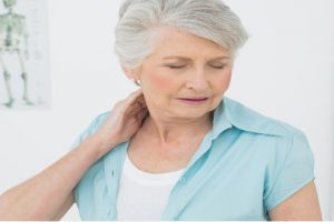 Biến chứng nguy hiểm của bệnh thoát vị đĩa đệm cột sống cổ