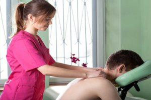 Chữa bệnh viêm khớp dạng thấp không đau đớn- không tác dụng phụ bằng vật lý trị liệu