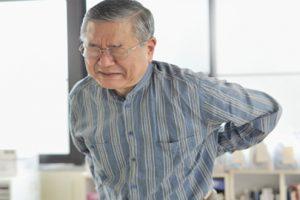 Coi chừng những biến chứng vôi hóa cột sống lưng vô cùng nguy hiểm