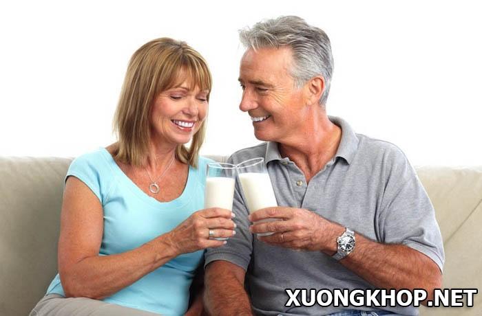Nói không với thoái hóa khớp ở người cao tuổi nhờ tăng cường canxi 2