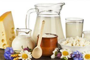Vai trò của canxi và vitamin D trong ngăn ngừa vôi hóa cột sống