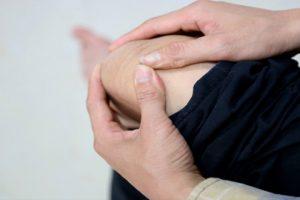 Viêm khớp gối uống thuốc gìgiảm đau không hại dạ dày