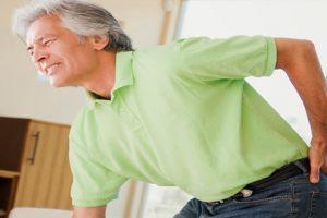 Đau gai cột sống thường gặp ở lứa tuổi nào? Có phải chỉ người già mới bị bệnh?