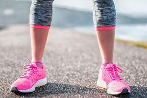 Gai cột sống lưng có nên đi bộ không? Một số điểm cần lưu ý khi đi bộ