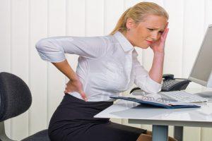 Lý do nào dẫn tới bệnh gai cột sống thắt lưng ở người trẻ?