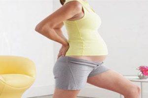 Một số bài tập giảm nguy cơ bị gai cột sống cho phụ nữ mang thai