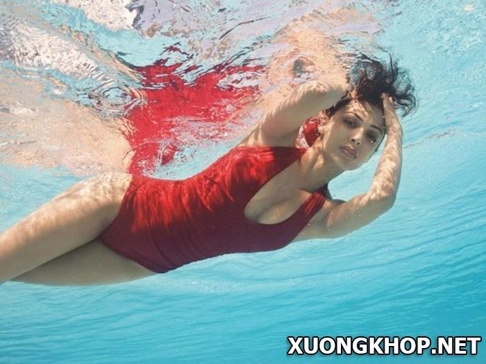Tác dụng không ngờ của môn bơi lội đối vơi người bị gai cột sống s1 1