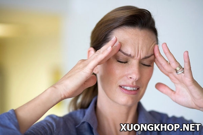 Tại sao bệnh gai cột sống cổ lại gây đau đầu, chóng mặt? 1