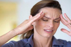 Tại sao bệnh gai cột sống cổ lại gây đau đầu, chóng mặt?