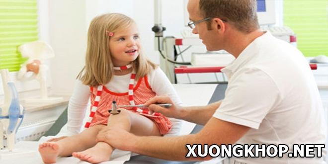 Viêm khớp cấp ở trẻ em và cách điều trị kịp thời tránh biến chứng nguy hiểm