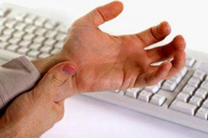 Viêm khớp cổ tay uống thuốc gì giảm đau nhanh mà vẫn chữa bệnh dứt điểm