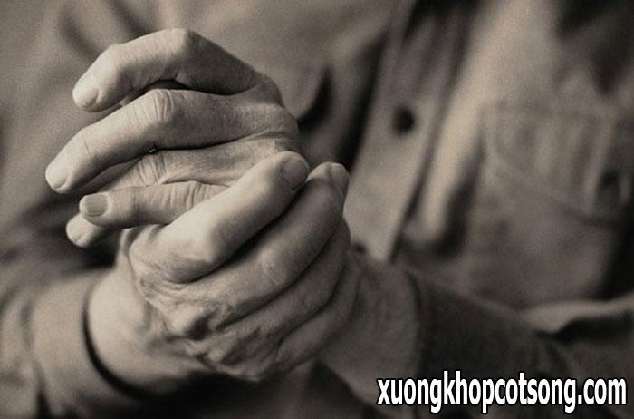 Chi tiết nhất về nguyên nhân gây đau khớp ngón tay 1